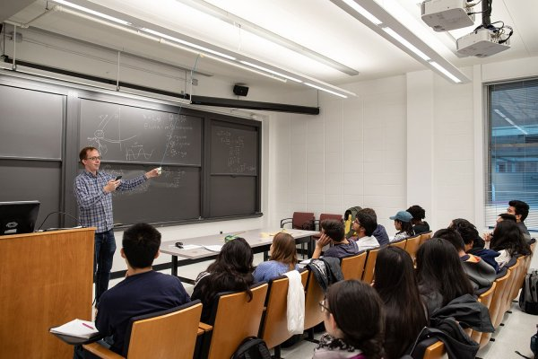Prof. Andrew Houck teaches first year course